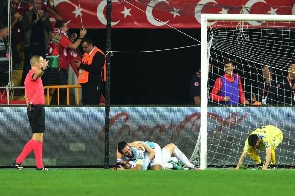 Türkiye-Kosova maçından kareler galerisi resim 35