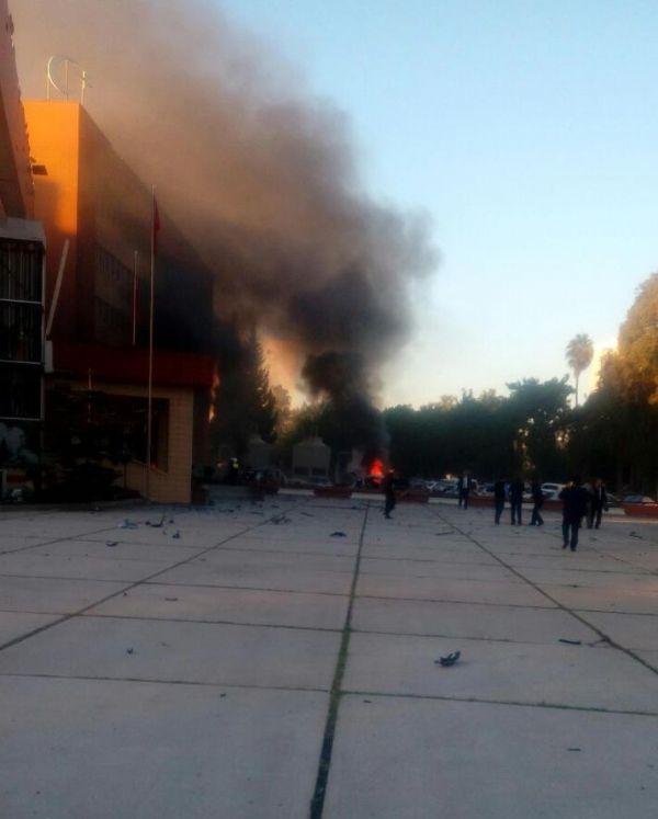 Adana Valiliği'ne bombalı araçla saldırı galerisi resim 10