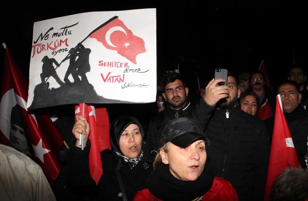 İstanbul'daki terör saldırısı Almanya'da protesto edildi galerisi resim 5