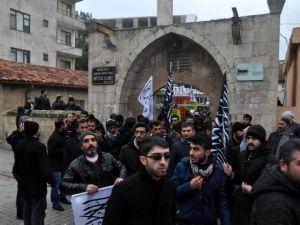 Reyhanlı'da Suriyelilere destek eylemi