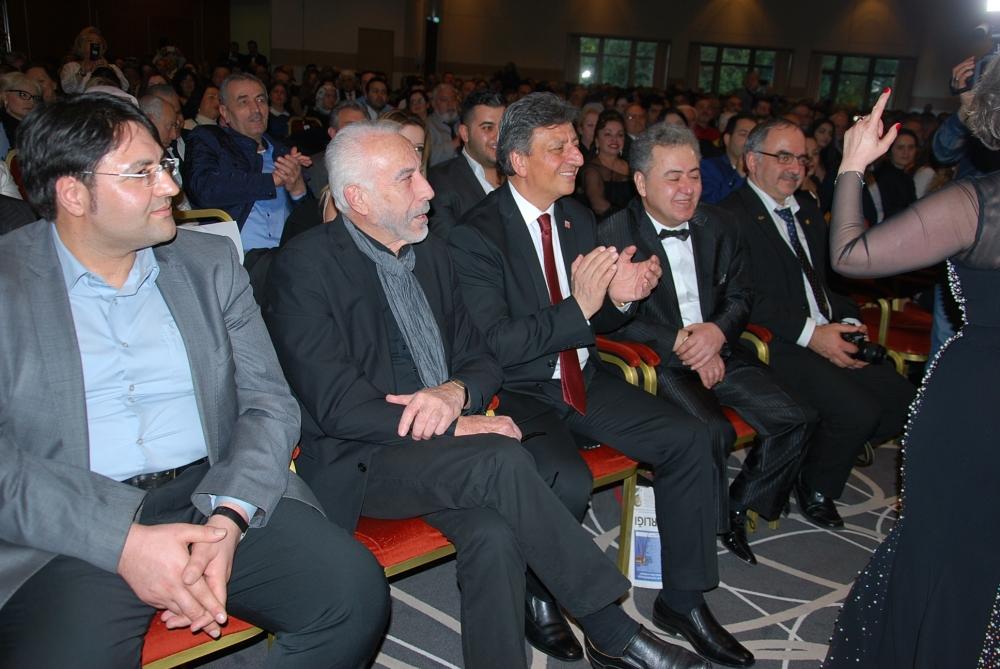 Mustafa Keser ve Ayşe Taş´tan muhteşem konser galerisi resim 7