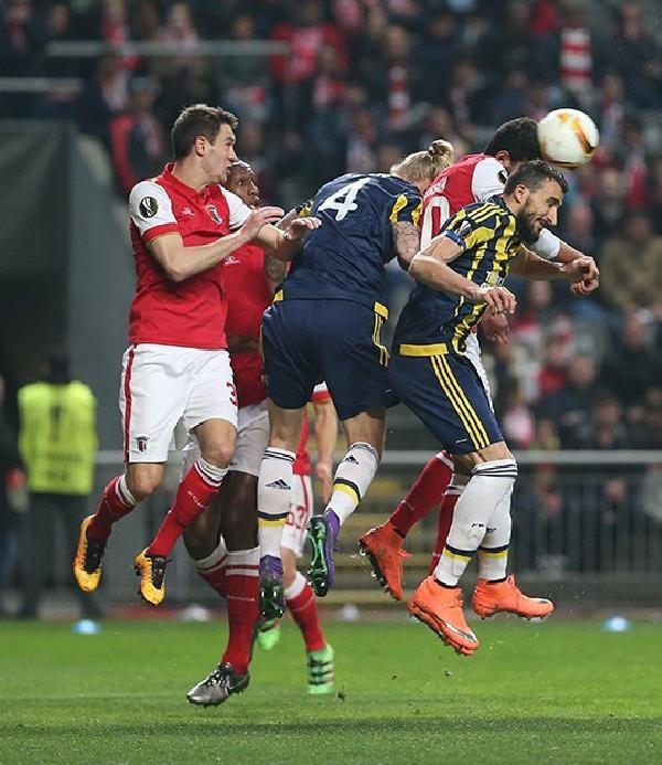 Braga-Fenerbahçe maçının ardından galerisi resim 5