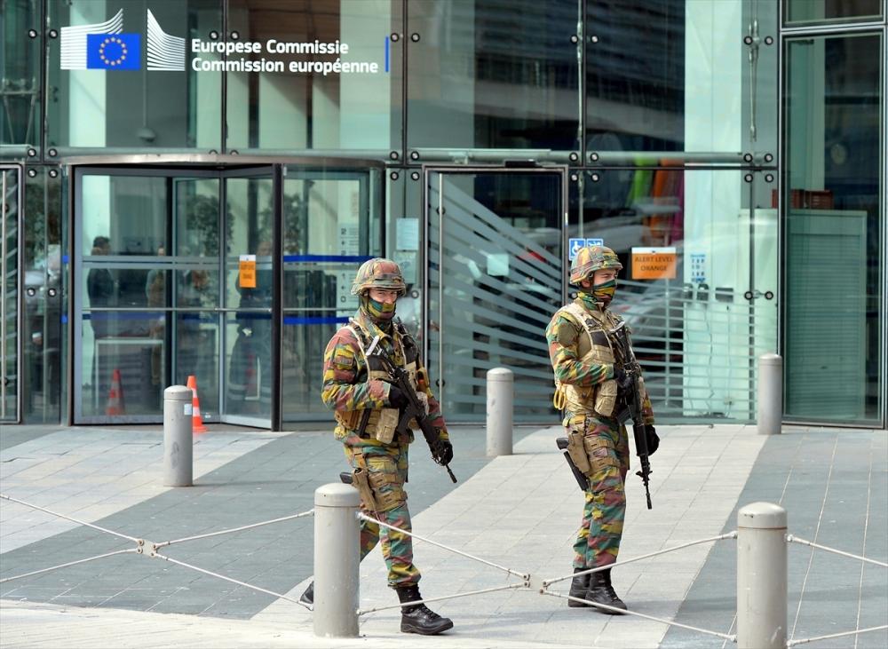 Belçika'da üçlü terör saldırısı galerisi resim 12