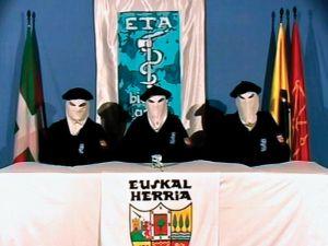 ETA 59 yıl sonra silah bıraktı