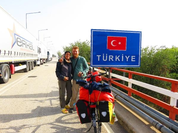 Alman çift bisikletle Türkiye'ye vardı galerisi resim 1