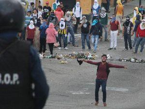 Venezuela'da kanlı seçim: 10 ölü