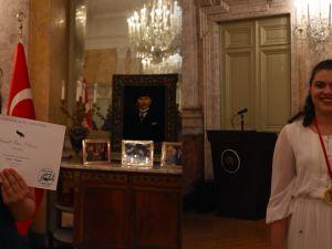 Genç Türk piyanistlere Viyana'dan ödül