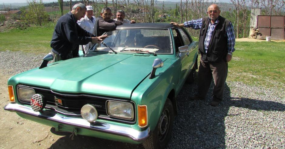 Almanya'dan getirdiği arabayı 37 yıl sakladı galerisi resim 7