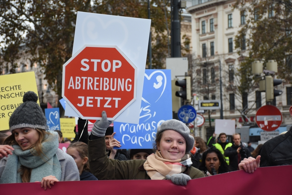 Kürtaj karşıtı aktivistler yürüdü galerisi resim 1