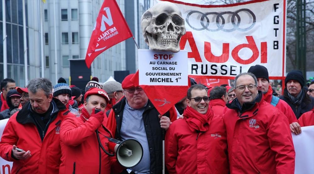 Brüksel'de çalışanlar sokağa döküldü galerisi resim 1