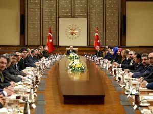 Erdoğan UETD yetkilileriyle görüştü