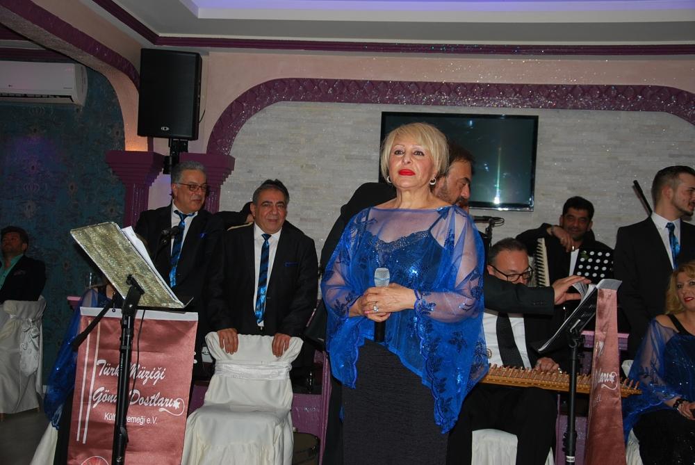 Türk Müzigi Gönül Dostları 23 Nisan'ı kutladı galerisi resim 3