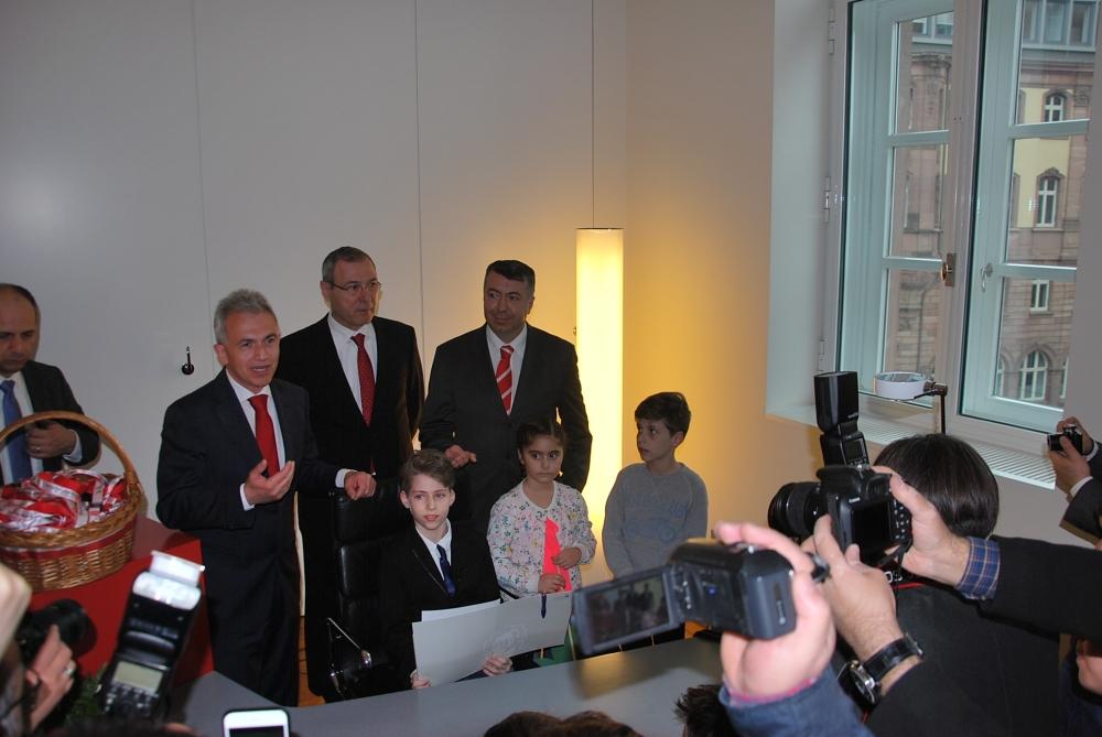 Frankfurt Belediyesi'nde 23 Nisan coşkusu galerisi resim 3