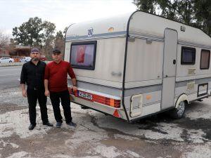 Gurbetçiden Mehmetçiye karavan bağışı