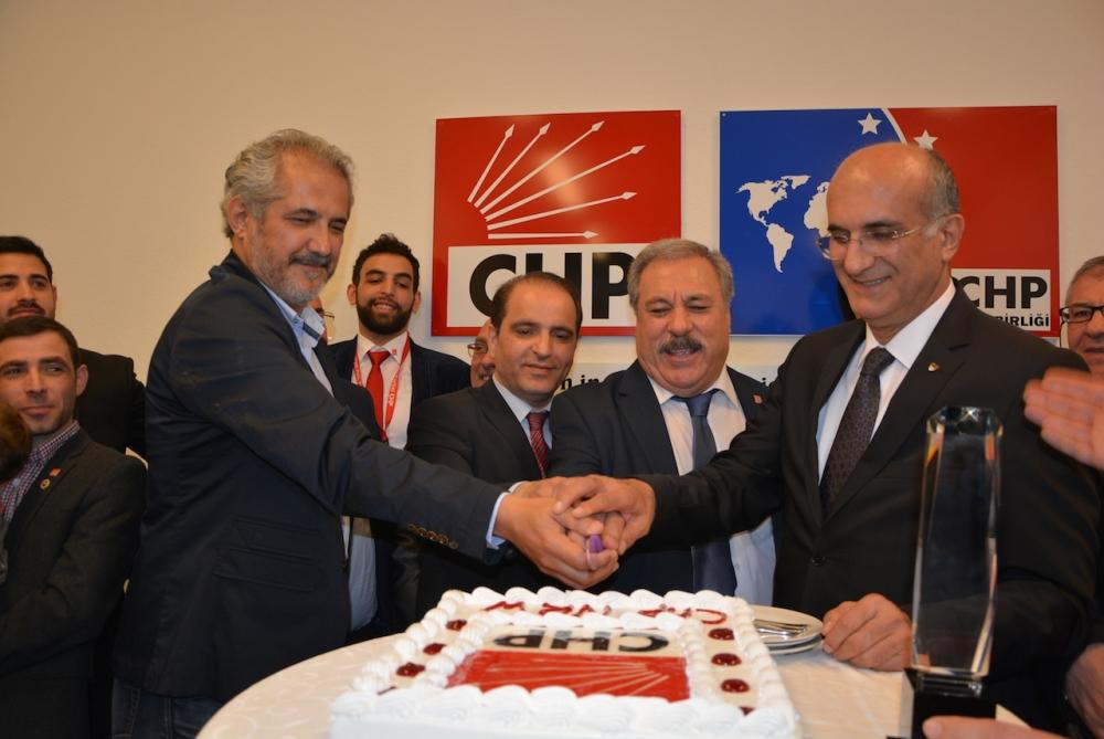 CHP NRW binasının açılışı yapıldı galerisi resim 3
