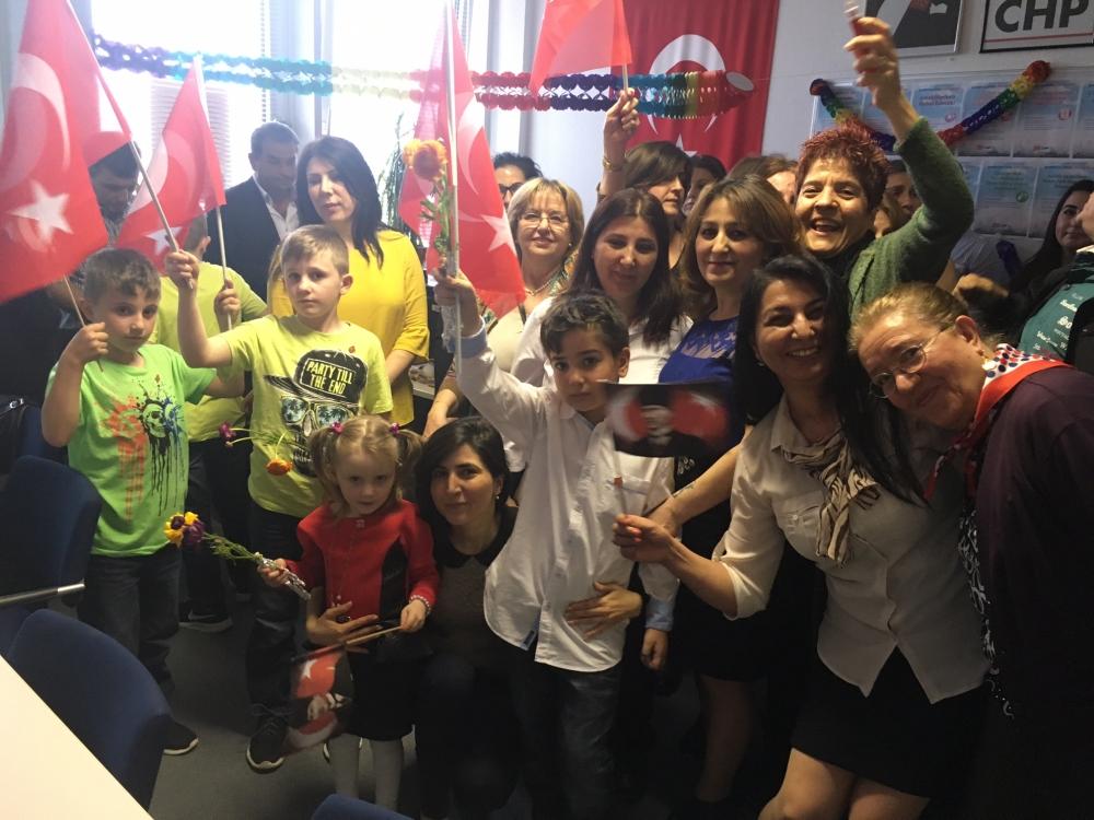 CHP Münih Birliği'nden coşkulu 23 Nisan kutlaması galerisi resim 5