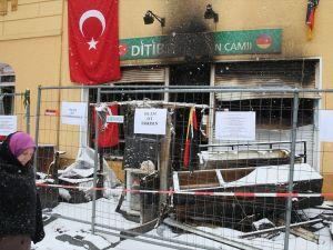 Almanya'daki cami saldırılarına tepki