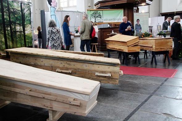 Cenaze fuarına yoğun ilgi galerisi resim 1