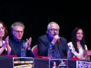 Türkçe tiyatrolar seyircisiyle buluştu
