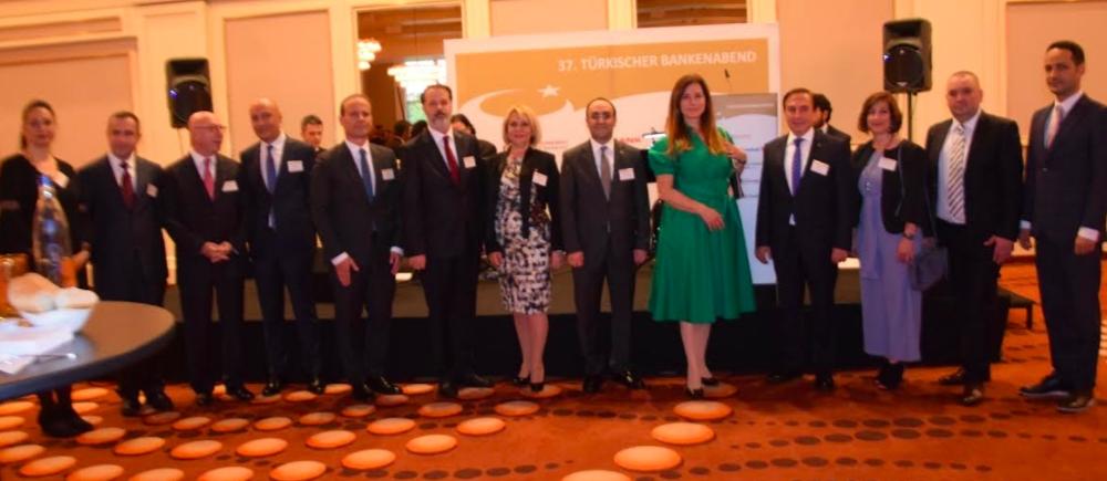 Türk bankacılar Frankfurt'ta buluştu galerisi resim 1