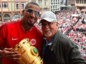 Frankfurt'ta kupa coşkusu