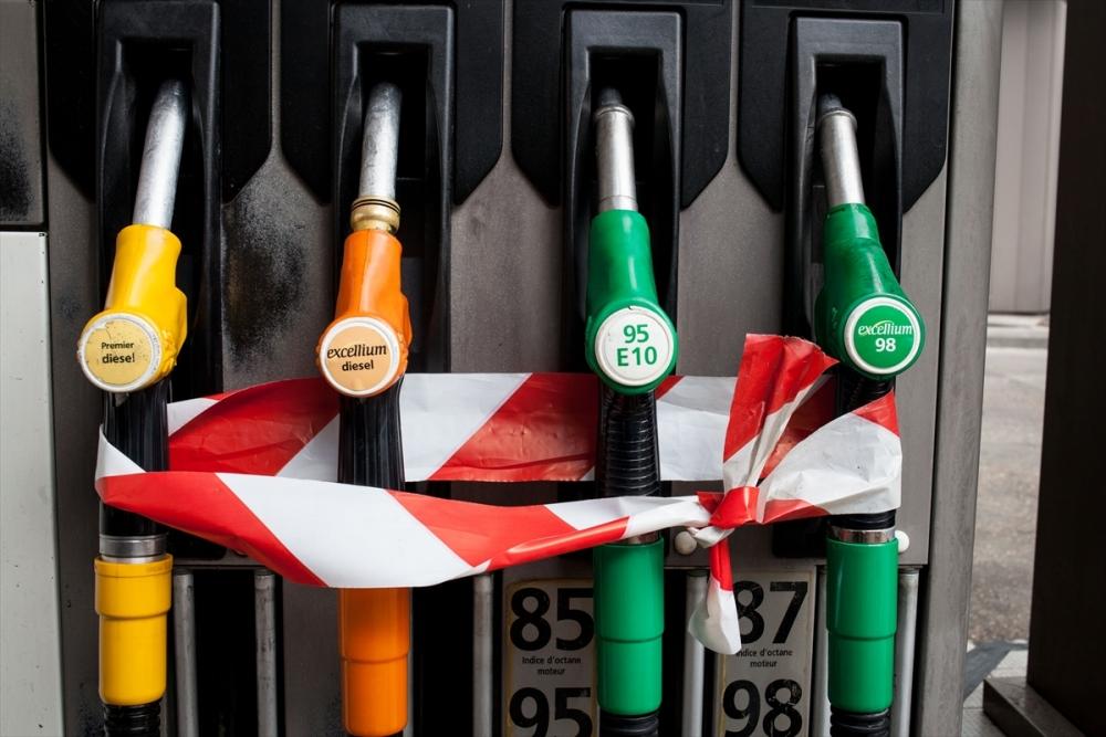 Fransa'da benzin krizi sürüyor galerisi resim 2