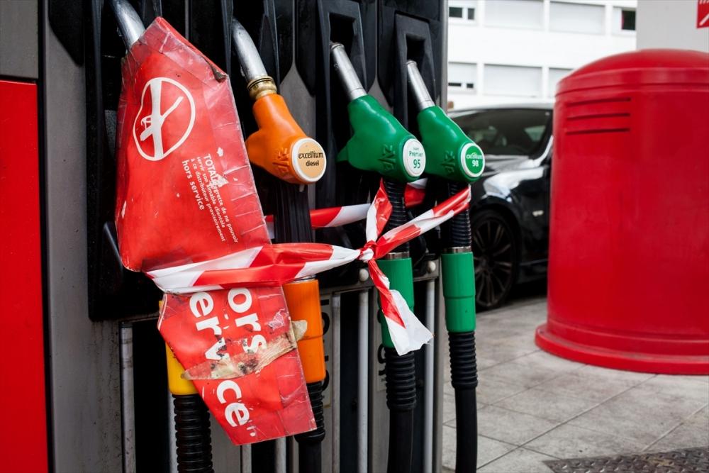 Fransa'da benzin krizi sürüyor galerisi resim 3