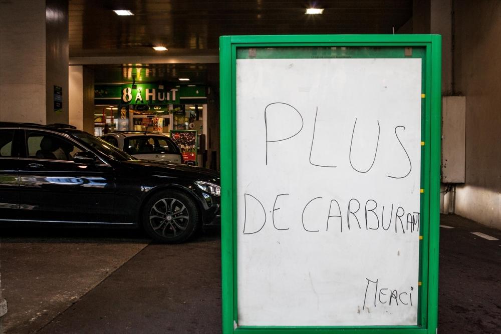 Fransa'da benzin krizi sürüyor galerisi resim 4