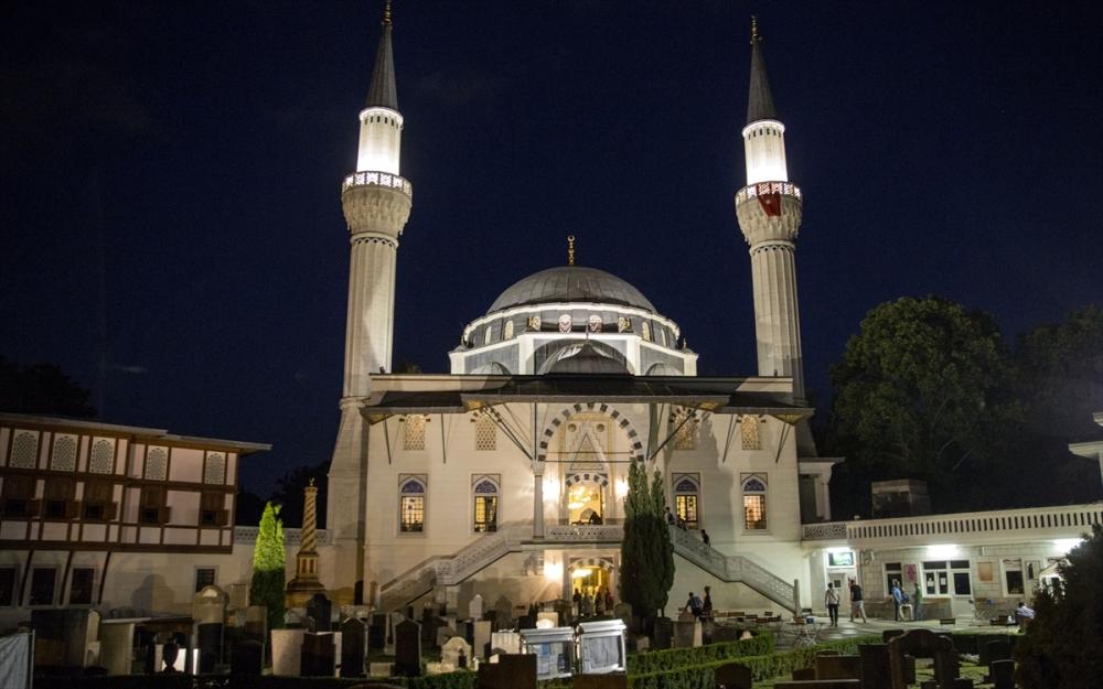 Berlin Şehitlik Camii'nde ramazan coşkusu galerisi resim 1