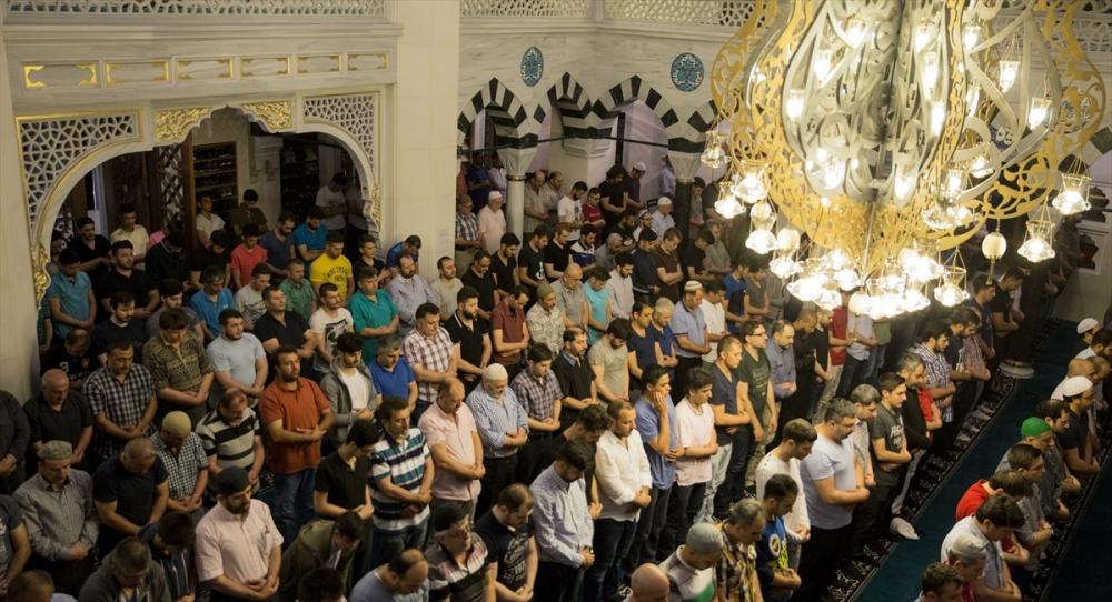 Berlin Şehitlik Camii'nde ramazan coşkusu galerisi resim 4