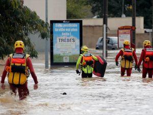 Fransa'da sel bilançosu: 13 ölü, 5 ağır yaralı, 1 kayıp