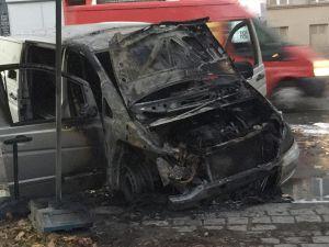 Berlin'de DİTİB'in cenaze aracı kundaklandı