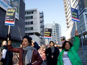 """""""Noel Baba"""" festivalinde ırkçılık protestosu"""