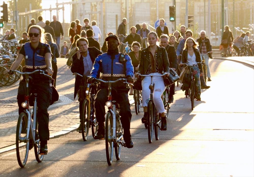 Hollanda'da 1 milyon bisiklet satılıyor galerisi resim 1
