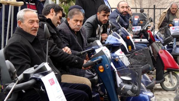 Gurbetçilerden Erzurum'a akülü araba galerisi resim 1