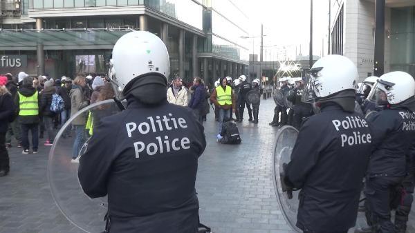 1 göstericiye 6 polis düştü galerisi resim 9