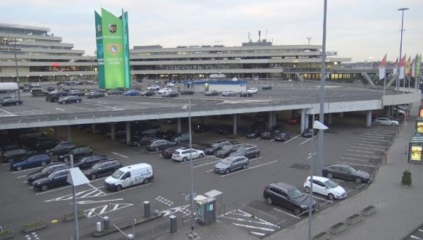 Almanya'da 600'ün üzerinde uçuş iptal edildi galerisi resim 9