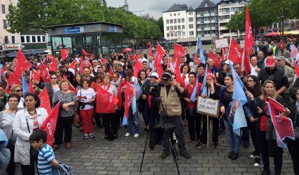 CHP'liler Köln'den Kılıçdaroğlu'na destek verdiler galerisi resim 1