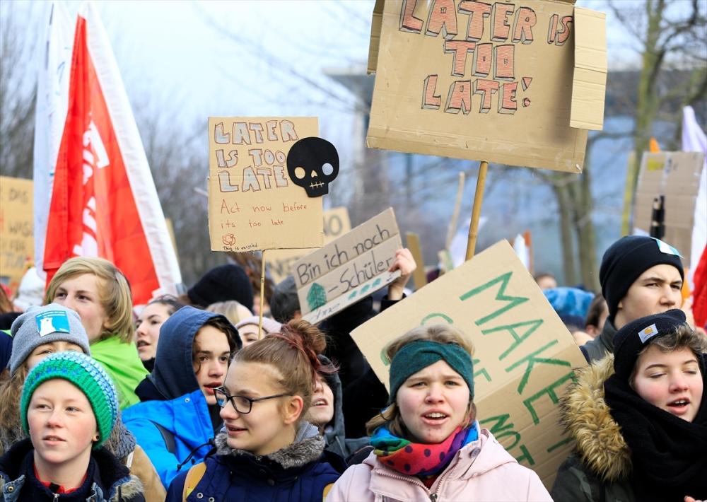Almanya'da binlerce öğrenciden kömür protestosu galerisi resim 1