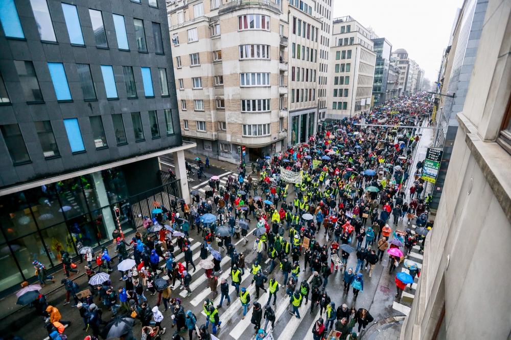 Belçika'da 70 bin kişi iklim için yürüdü galerisi resim 10