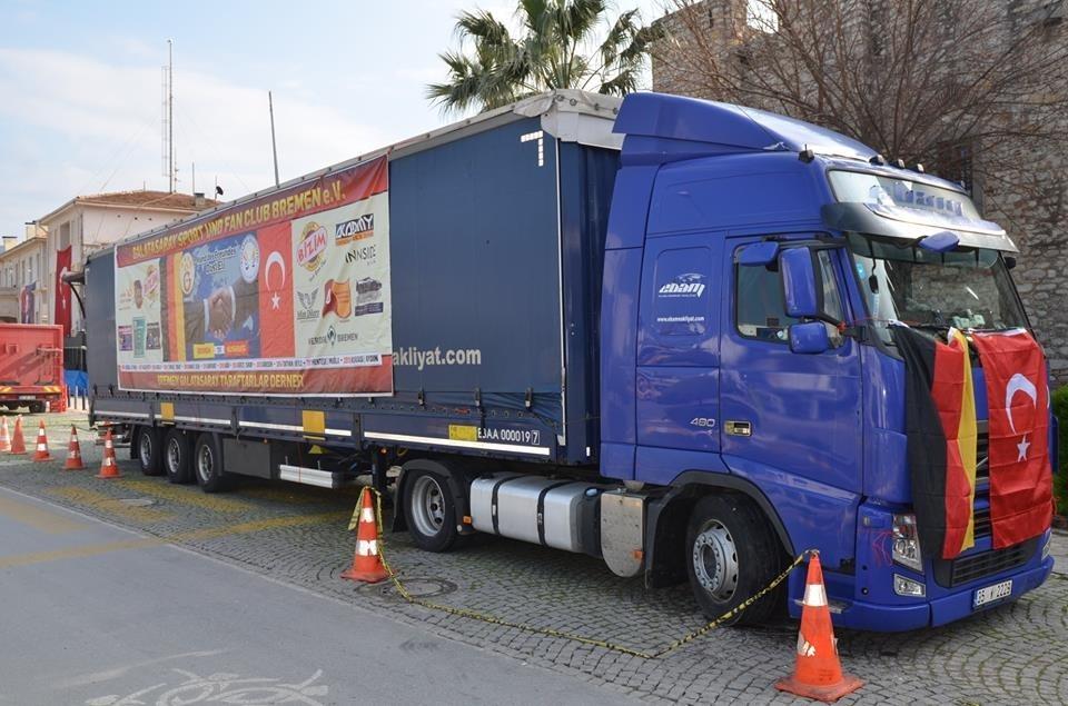 'Gurbetçi Galatasaraylılar'dan tır dolusu yardım galerisi resim 3