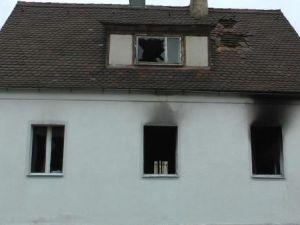 Almanya'da 5 kişilik aile yanarak can verdi