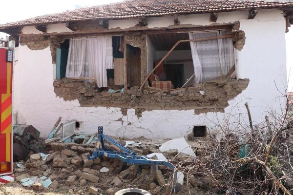 Denizli'de korkutan deprem galerisi resim 1