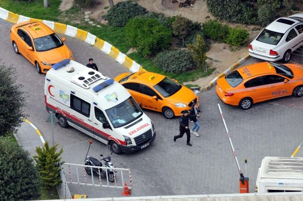 Alman yolcu 25 metreden düşerek hayatını kaybetti galerisi resim 1