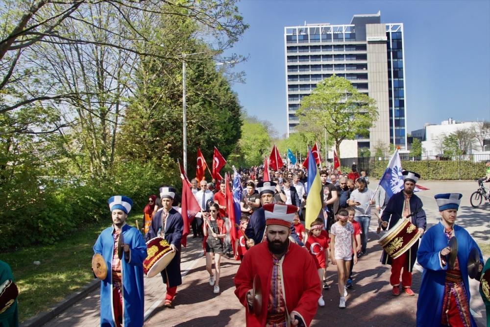 Hollanda'da 10. Türk Günü Yürüyüşü galerisi resim 4
