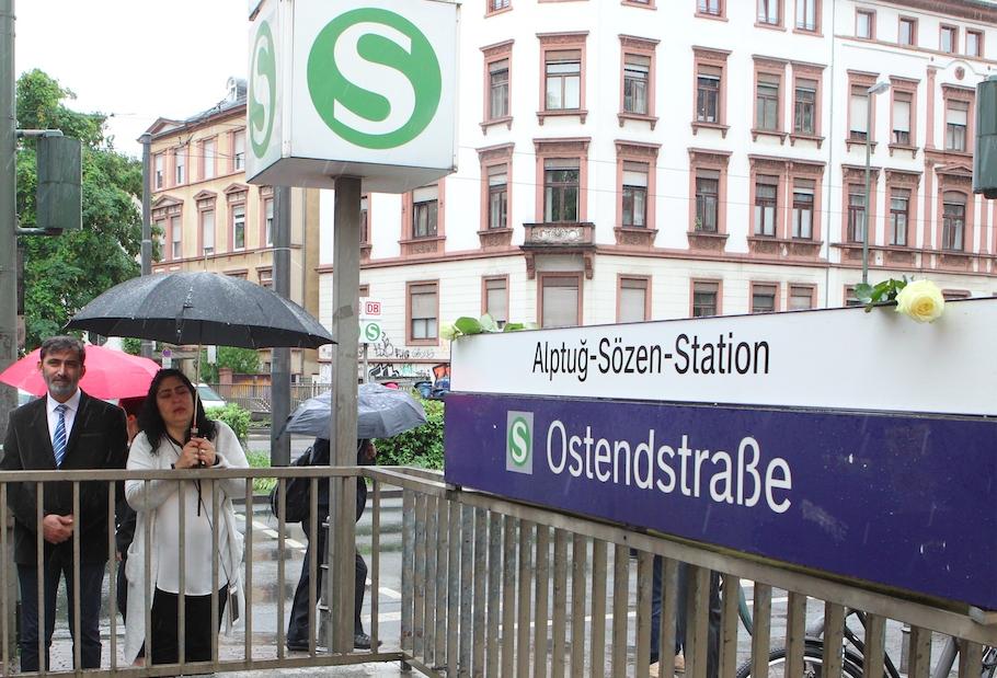 Türk kahraman gencin adı istasyona verildi galerisi resim 4