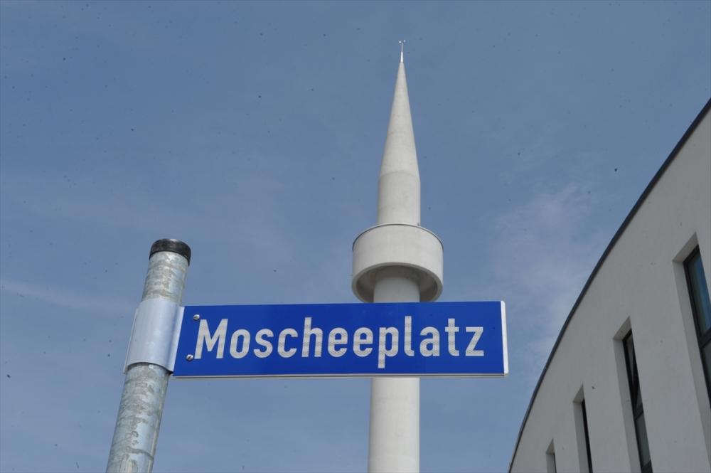 Almanya'da 'Cami Meydanı' açıldı galerisi resim 1