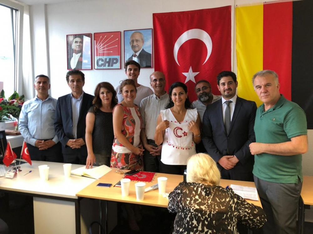 CHP Münih'te büro açtı galerisi resim 1