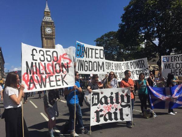 Londra: AB'den ayrılmak istemiyoruz galerisi resim 6