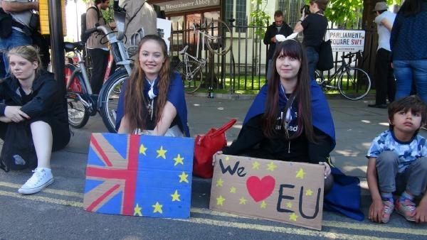 Londra: AB'den ayrılmak istemiyoruz galerisi resim 7